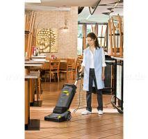 KÄRCHER BR 30/4 C Adv podlahový mycí stroj s odsáváním